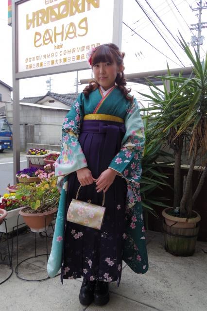 愛媛県松山市 卒業式 ヘアメイク着付け 袴レンタル衣裳 美容室 ロハスヘアー