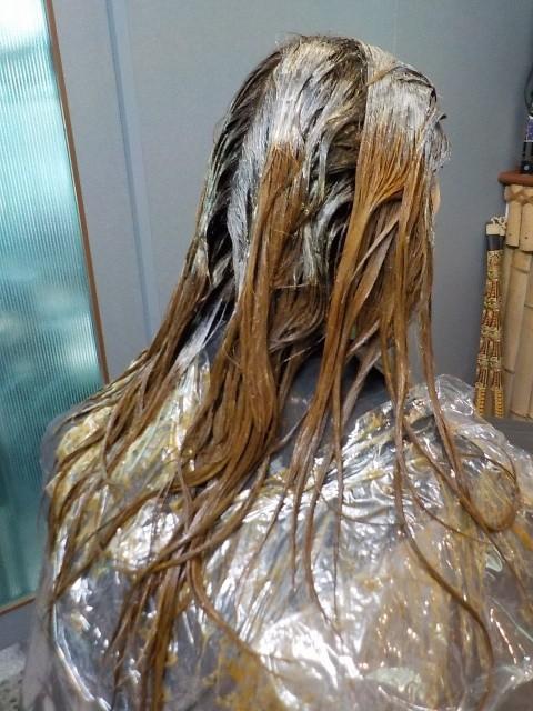 愛媛県松山市 美容室 ロハスヘアー 痛まない白髪染め ノンジアミン ハナヘナ