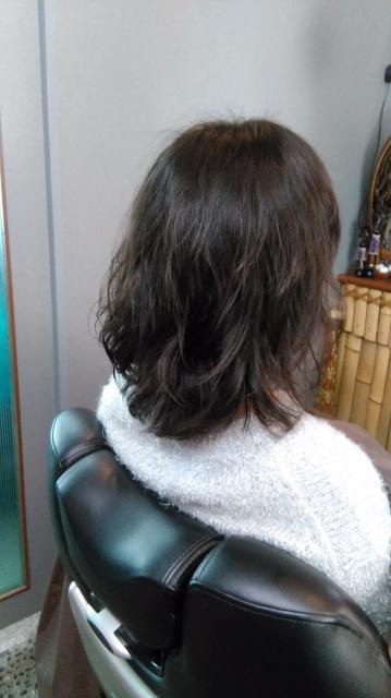 愛媛県松山市 美容室 LOHASヘアー ハナヘナ ばっさりカット ミディアムヘアー イメチェン